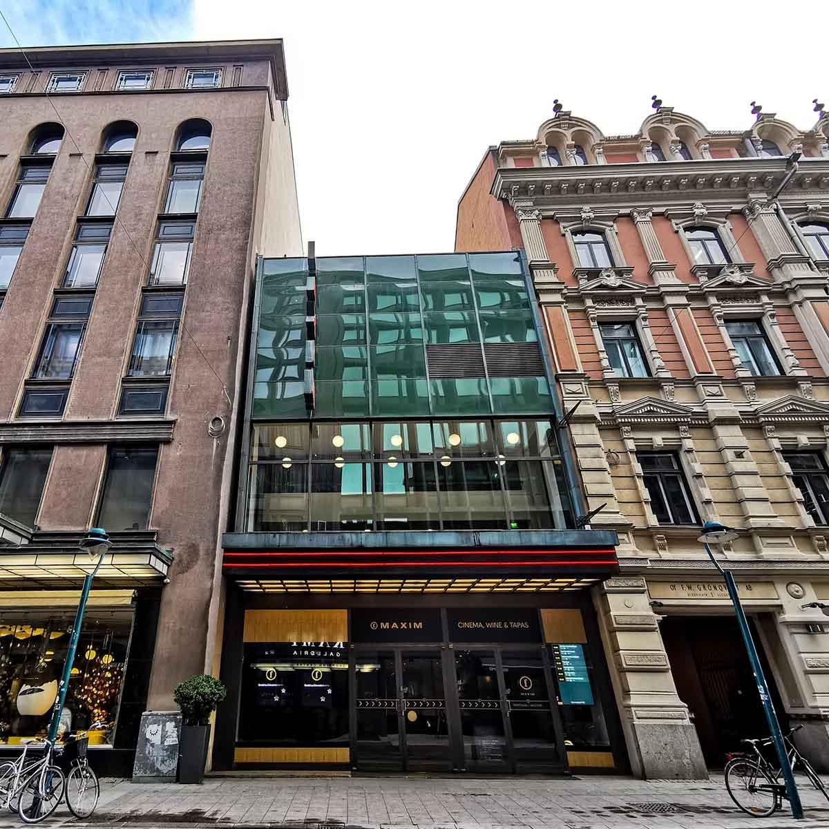 Suomen vanhin elokuvateatteri Maxim saneerattiin vuonna 2017. Korjaustöiden rakennesuunnittelusta vastasi Raksystems.