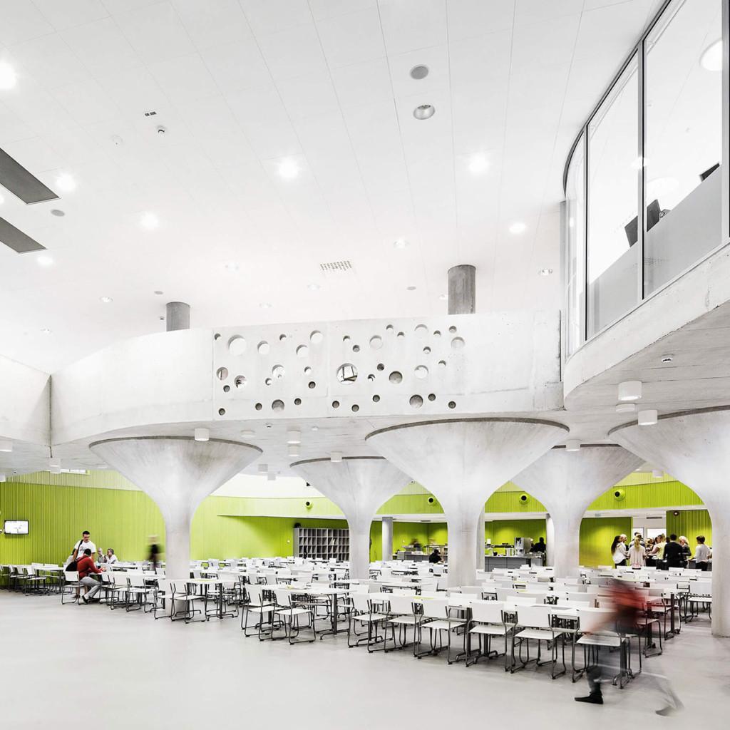 Kastellin monitoimitalo on Euroopan ensimmäinen LEED for Schools hanke.