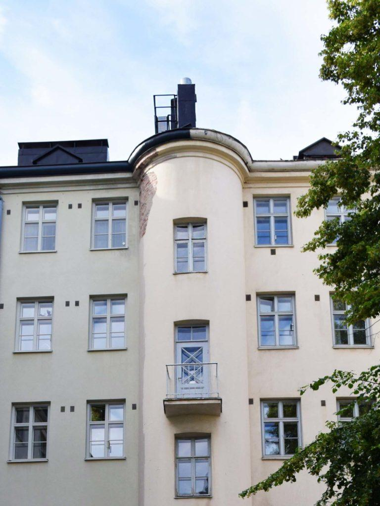 Raksystems tillhandahåller arkitekttjänster för både nybyggnation och ombyggnation. Våra objekt är bland annat bostadsbyggnader, såsom husbolag.