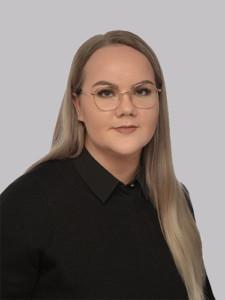 Jenna Stöd on osa Raksystemsin operatiivista ohjausryhmää.